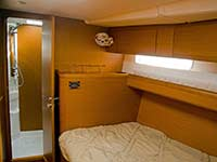 Forward starboard cabin