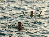 Agathe and Desi swimming