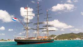 Stad Amsterdam in Simpson Bay