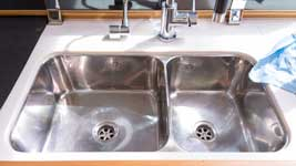 Stainless polishing the sinks