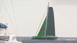 Phaedo 3 zipping by