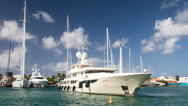 Big yacht stern to at Palapa