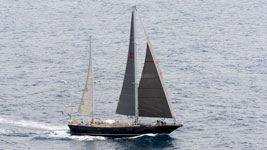 El Oro finishing Guadeloupe to Antigua Race